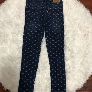 Levi's super skinny knit jean  with hearts Size 5
